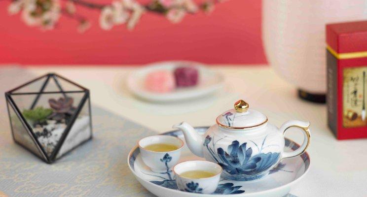 Chọn ấm trà làm quà tặng